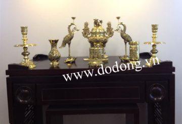 Bàn thờ tổ tiên và ý nghĩa việc thờ phụng với gia đình Việt – Đồ đồng việt