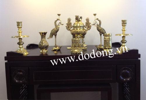Bàn thờ tổ tiên và ý nghĩa việc thờ phụng với gia đình Việt
