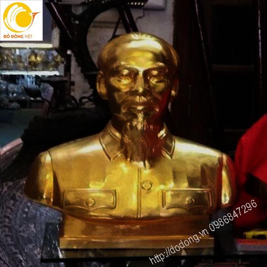 Tượng bán thân chủ tịch HCM bằng đồng đỏ dát vàng 24k0