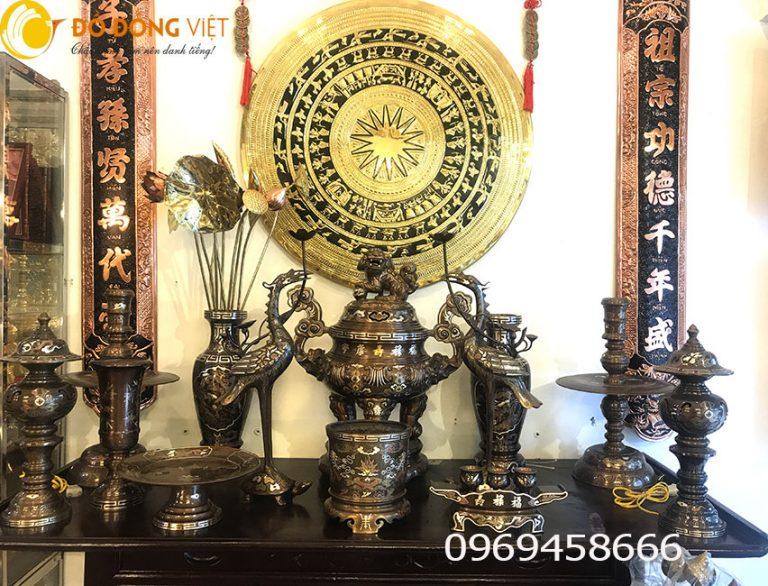 Bộ đồ thờ cúng đồng ngũ sắc và cách bày trên bàn thờ gia đình