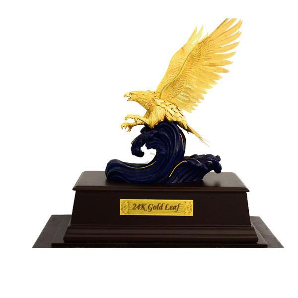 Tượng chim đại bàng dát vàng lá 99990