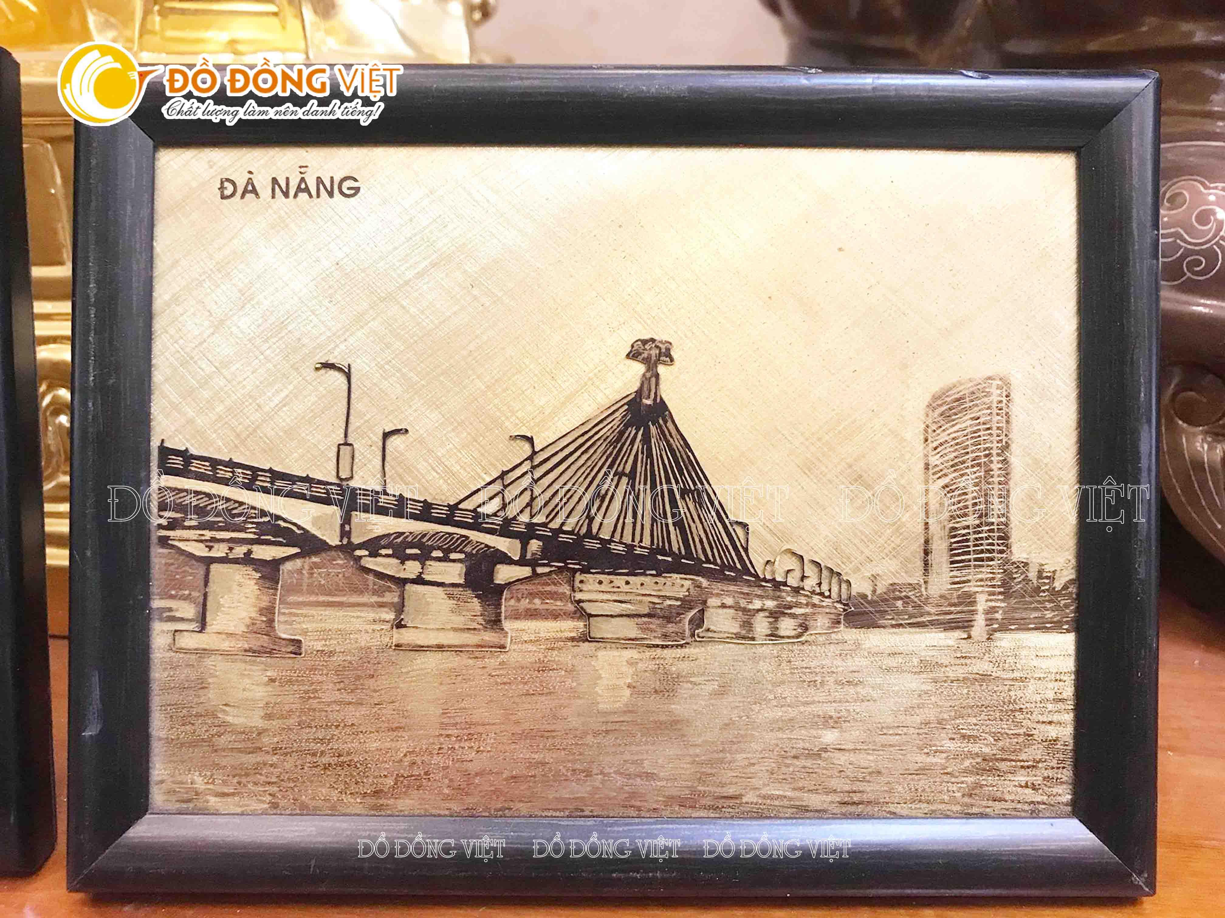 Tranh đồng Cầu Sông Hàn0