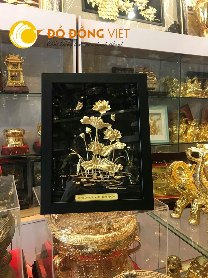 Tranh đầm sen dát vàng 24k khung gỗ 27×34 cm0