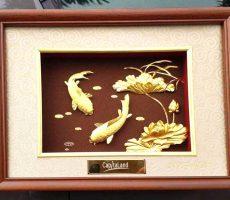Tranh dát vàng 24k cá chép hoa sen 27×34 cm