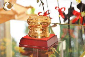 Giá bán trống đồng quà tặng mạ vàng dk 9cm đẹp tinh xảo