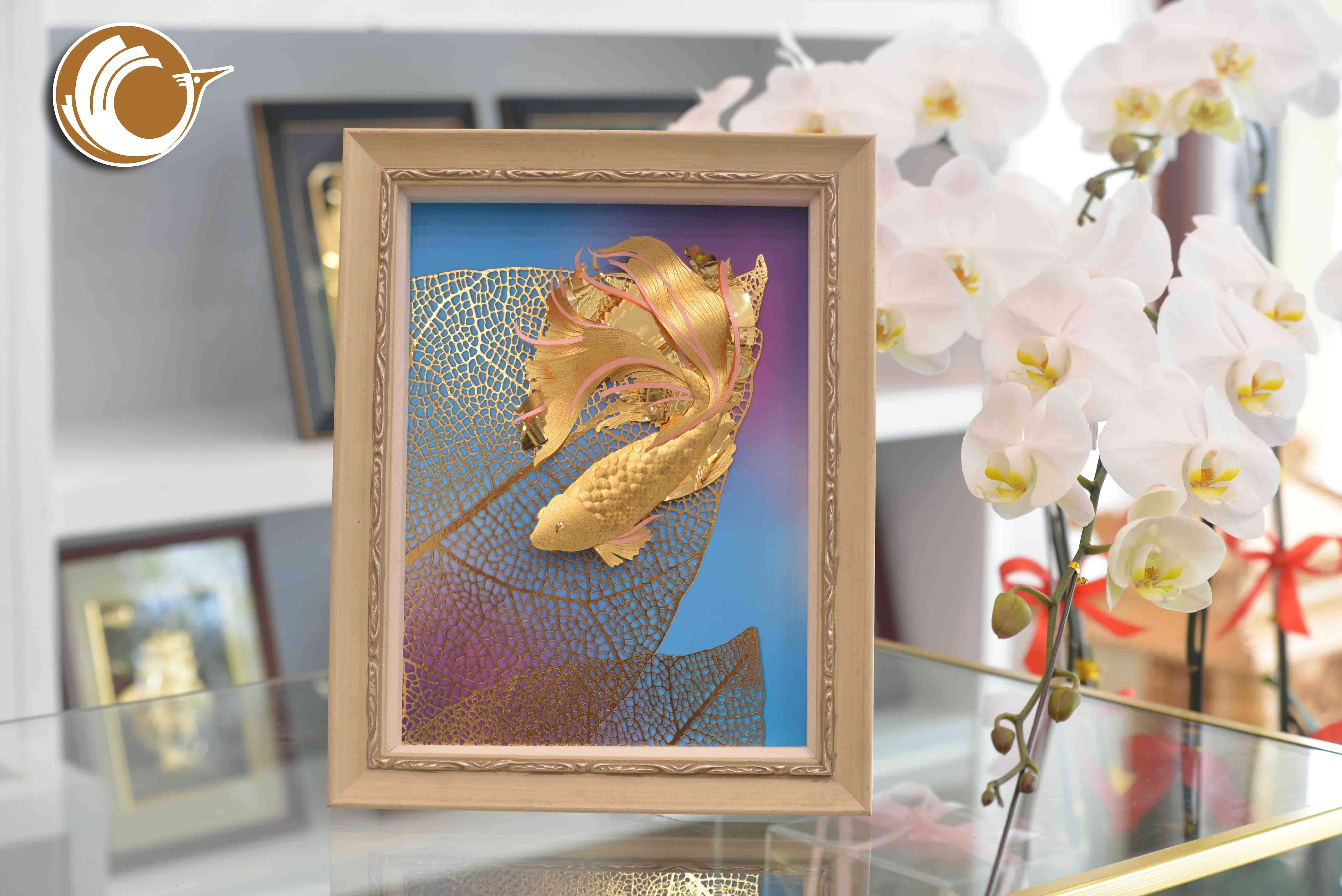 Tranh vàng 24k tranh cá vàng, quà tặng vợ ý nghĩa0