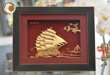 Tranh vàng thuận buồm xuôi gió làm quà khai trương ý nghĩa