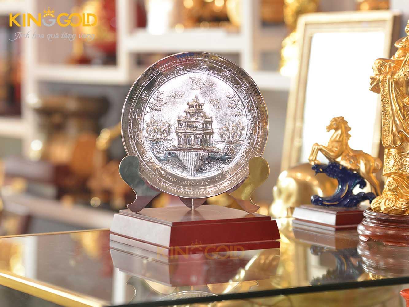 Đĩa đồng Hồ Gươm mạ bạc- quà tặng văn hóa Việt Nam0