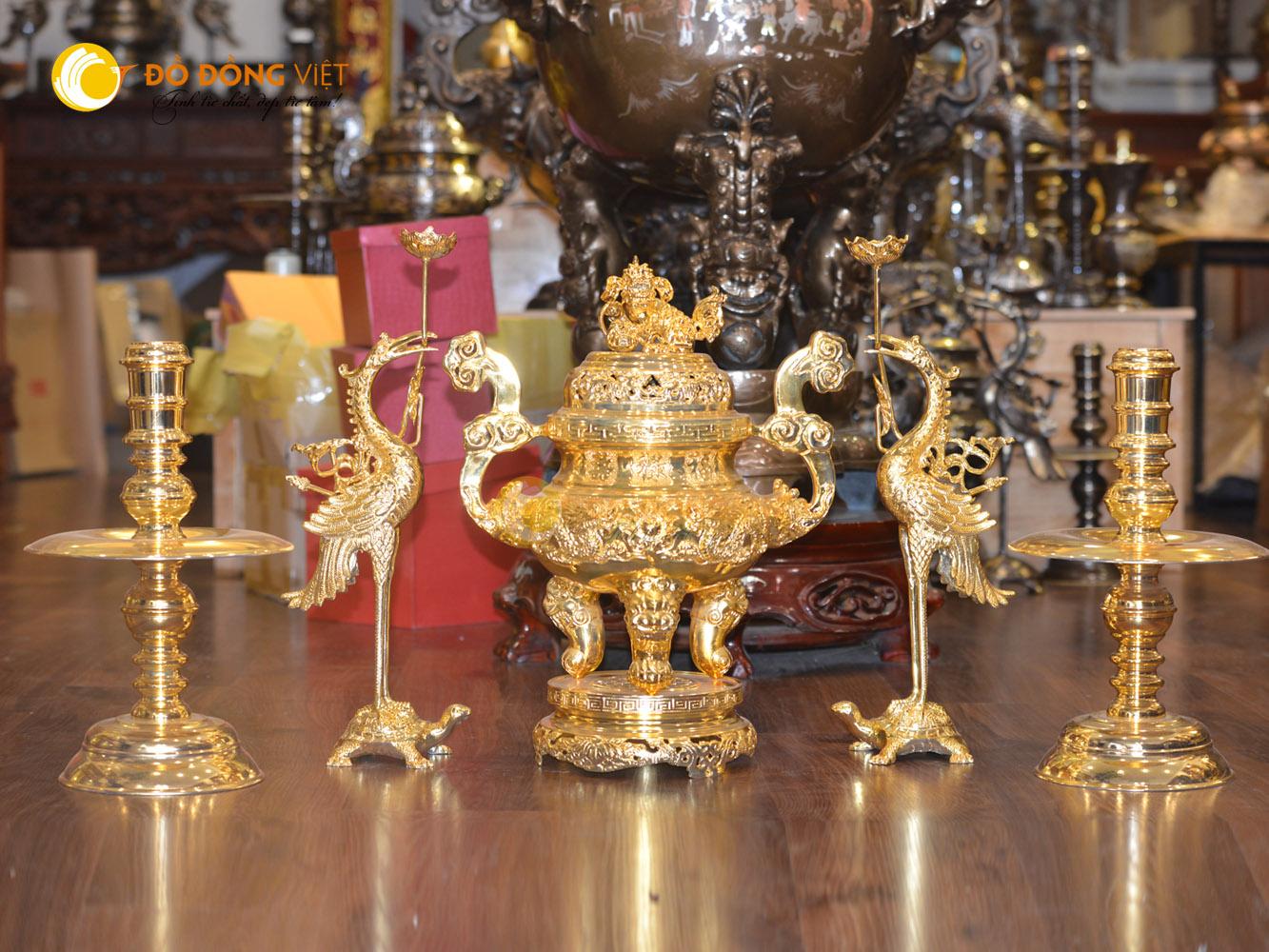 Đỉnh đồng thờ cúng dát vàng 24k cao 60cm0