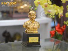 Địa chỉ đúc tượng Bác Hồ cỡ nhỏ mạ vàng 24k