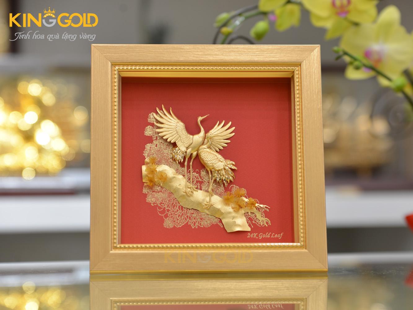 Quà tặng tranh vàng 24k- tranh tùng hạc mạ vàng 24k0