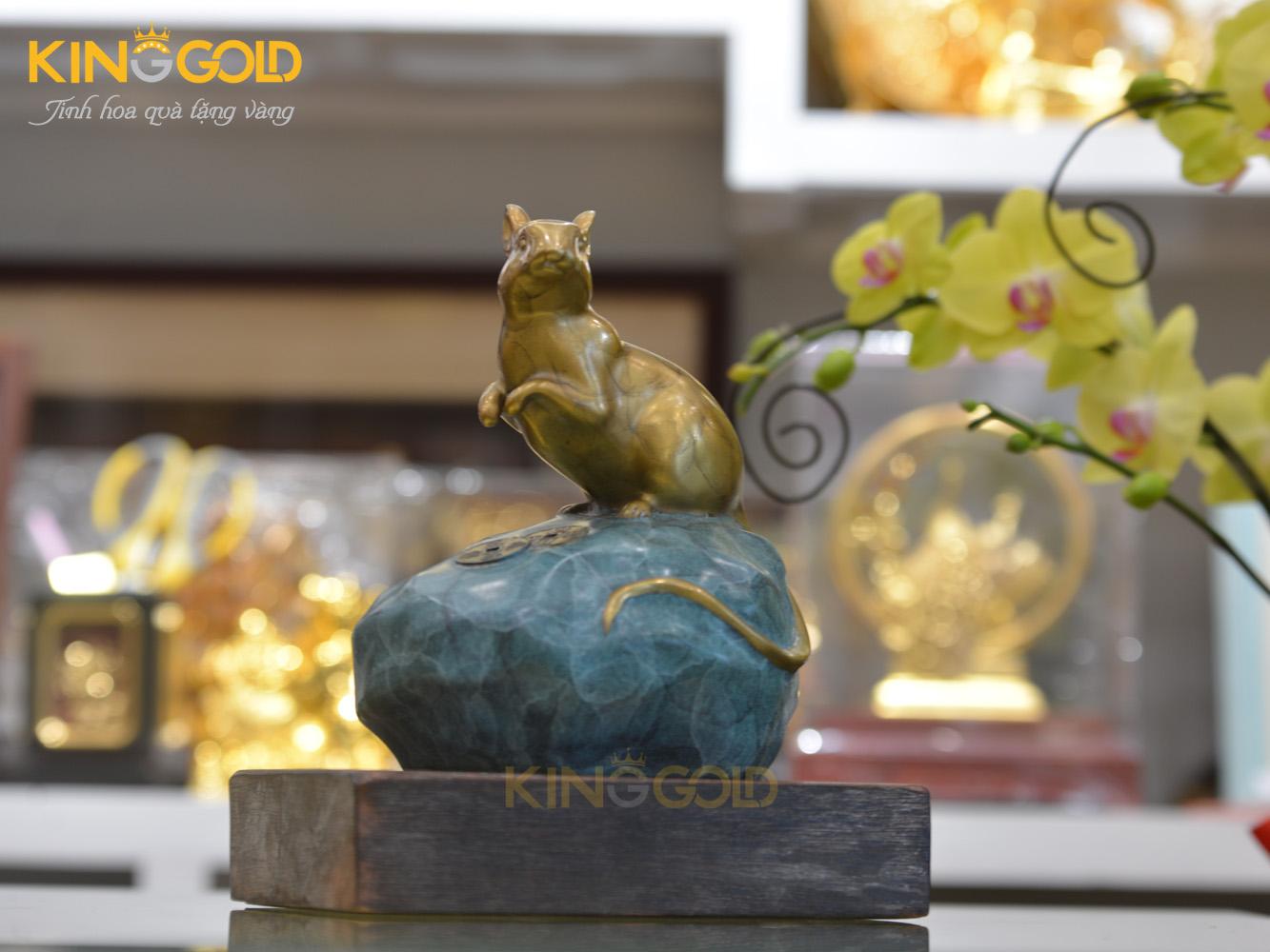 Giá bán tượng con chuột bằng đồng làm quà tặng tết 20200