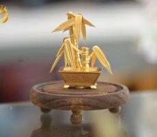 Cây trúc dát vàng 24k làm quà tặng đối tác kinh doanh