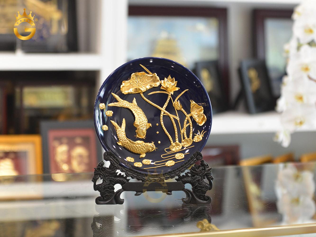 Đĩa vàng cá chép hoa sen làm quà tặng khách hàng VIP0
