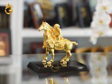 Quà vàng tặng sếp- Tượng mã thượng phong hầu mạ vàng 24k