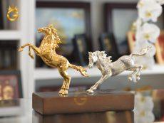 Tượng ngựa đồng mạ bạc mạ vàng 24k đẹp tinh xảo
