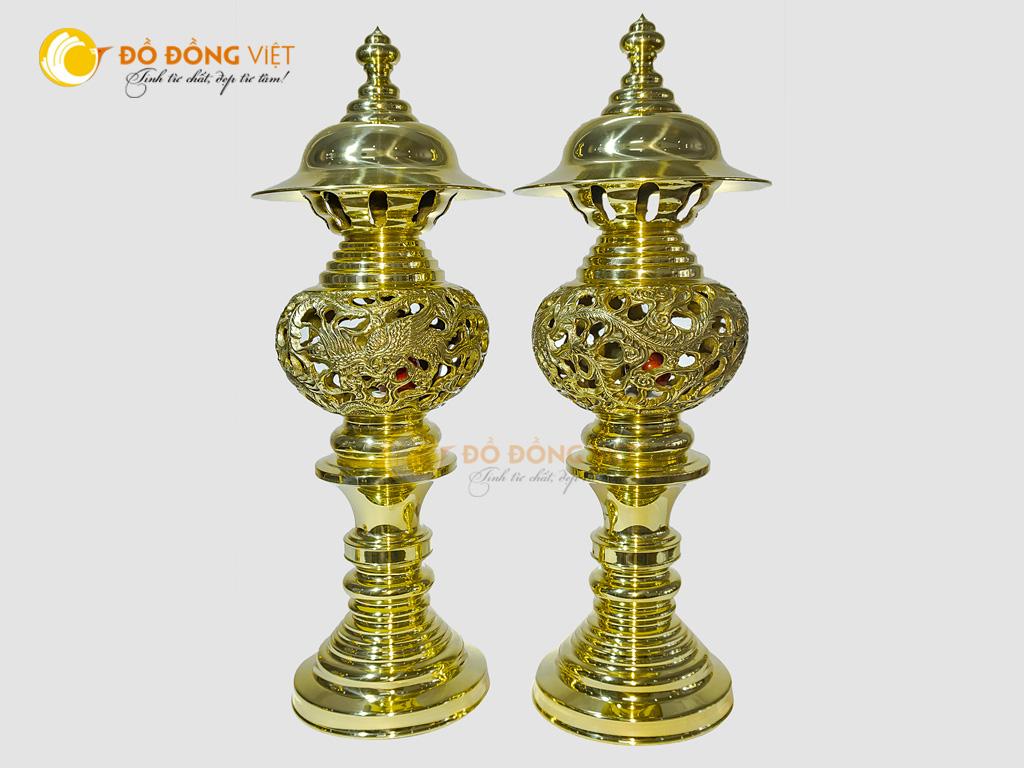 Đôi đèn thờ rồng phượng bằng đồng vàng đúc truyền thống0