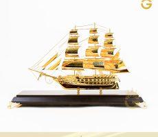 Thuyền buồm mạ vàng đẹp tinh xảo làm quà tặng sếp thăng chức