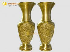 Đôi lọ hoa đồng thờ cúng bằng đồng vàng