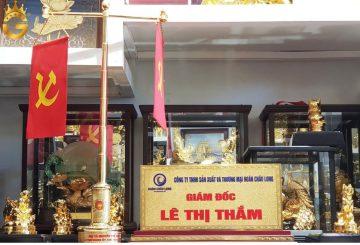 Đồ đồng Việt chế tác biển chức danh bằng đồng mạ vàng theo yêu cầu
